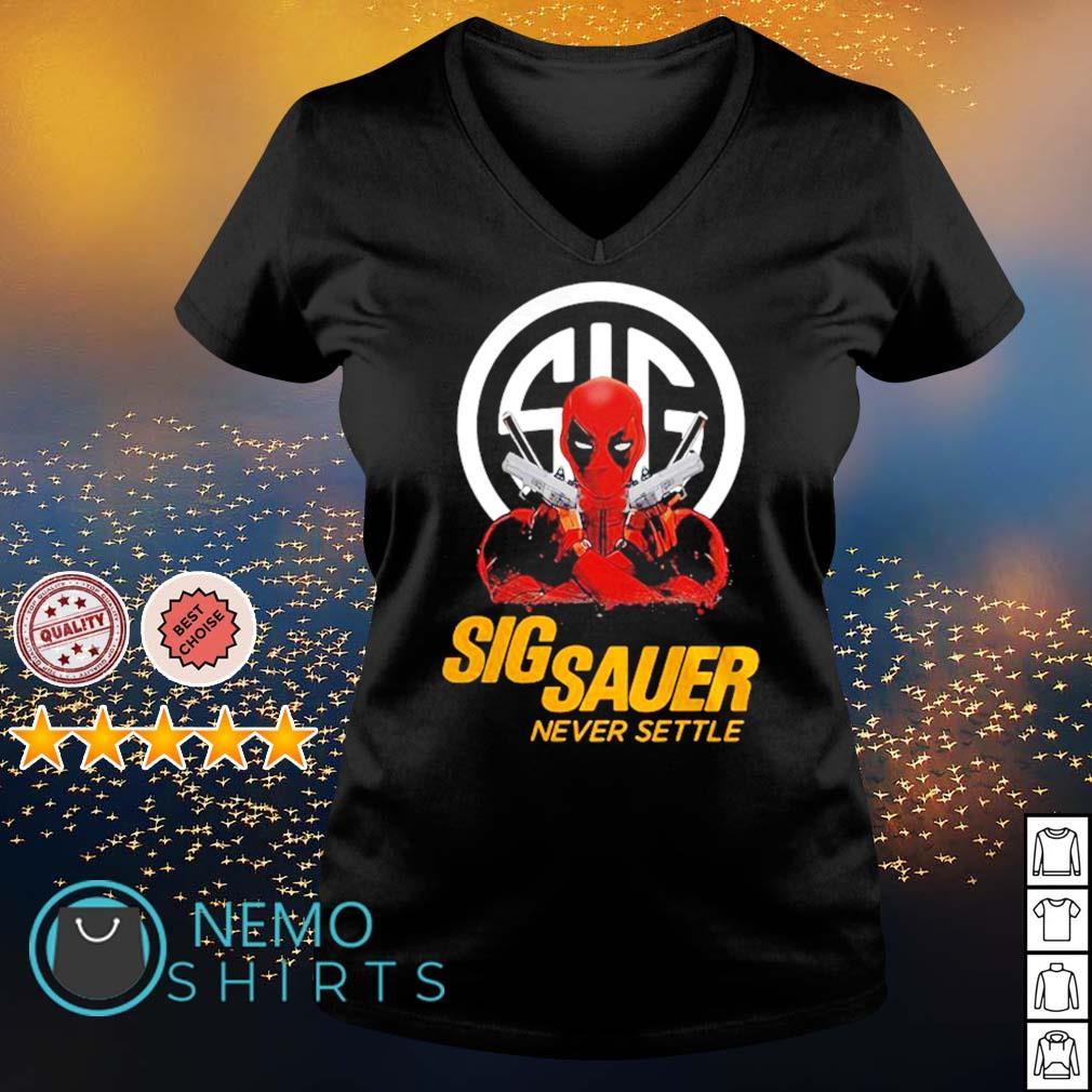 Deadpool Sigsauer never settle s v-neck-t-shirt