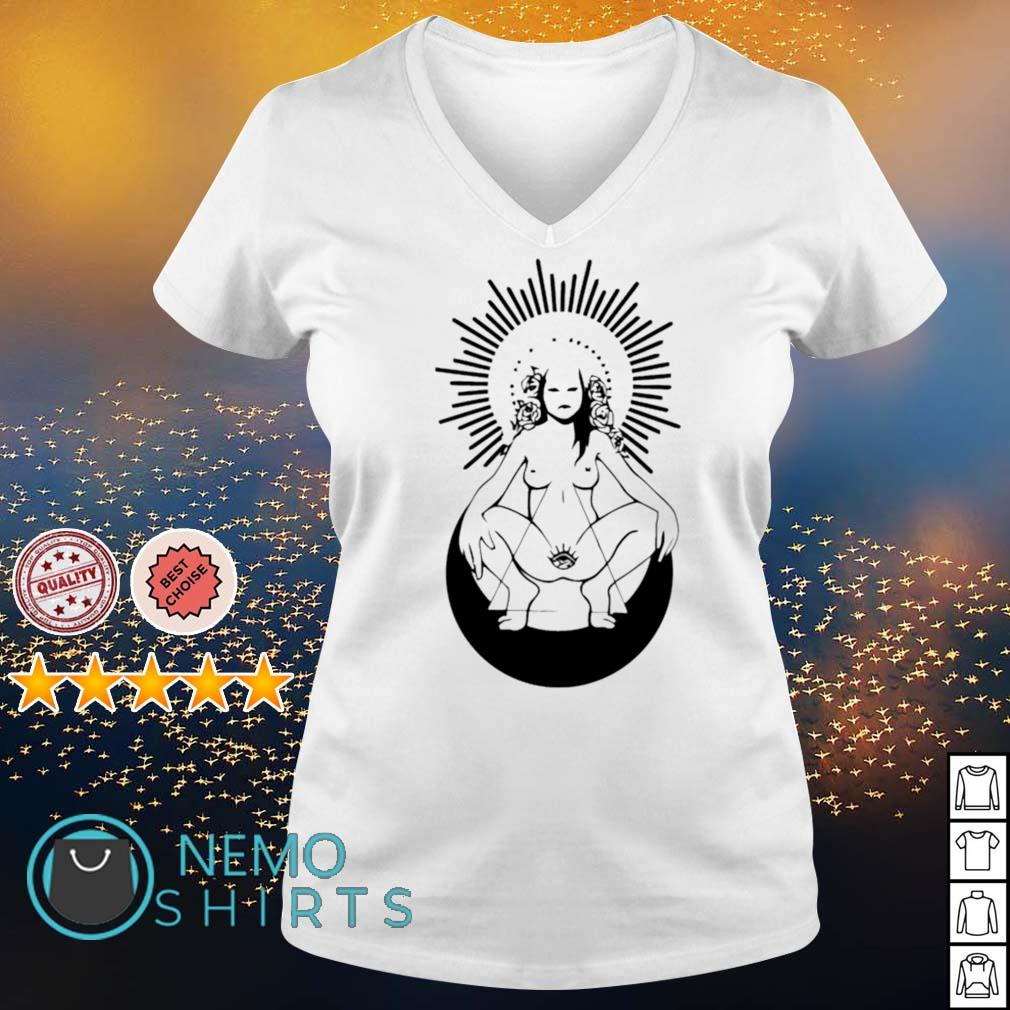 Girl nude ready to live s v-neck-t-shirt