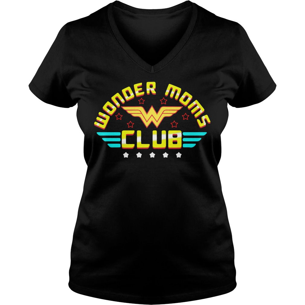 Wonder moms club V-neck t-shirt