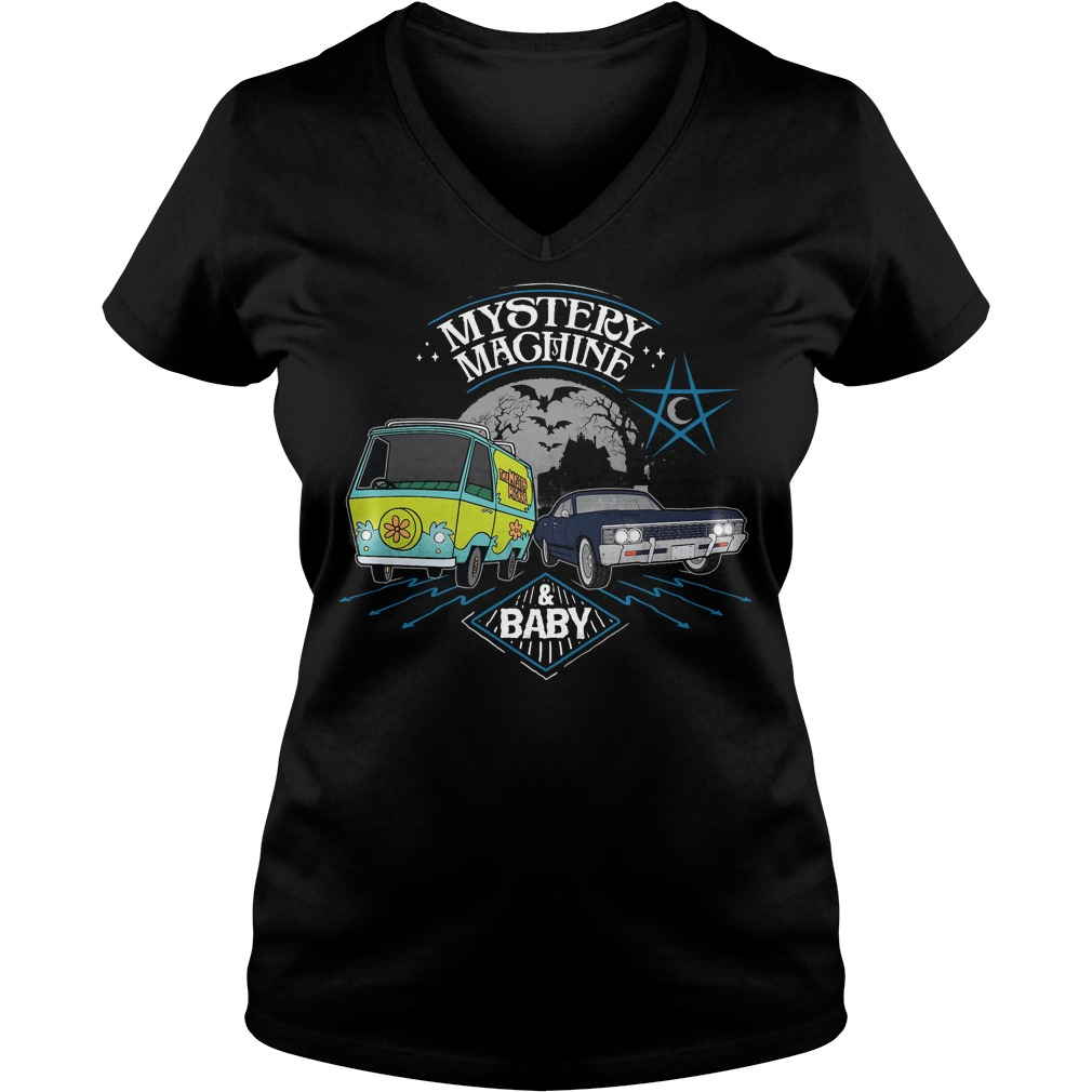Scooby Doo Mystery Machine and Baby V-neck t-shirt