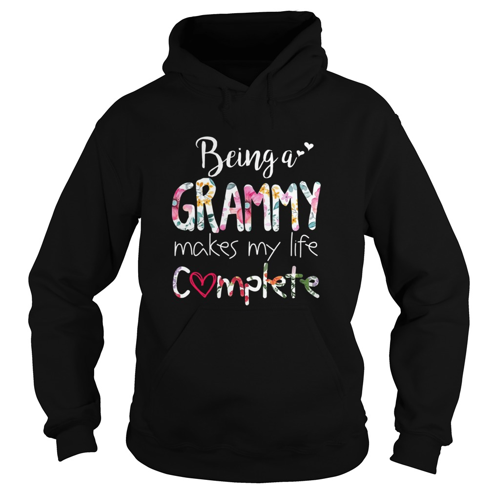 Being a grammy makes my life complete Hoodie