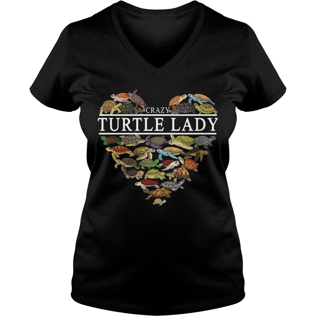 I love crazy Turtle lady aholic V-neck T-shirt