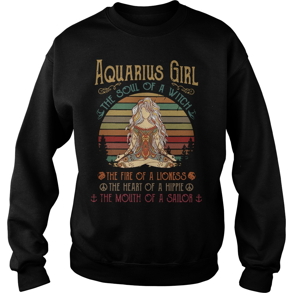 Aquarius girl the soul of a witch the fire of a lioness vintage Sweater