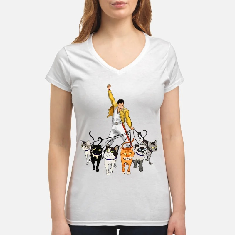 Freddie Mercury with his cats V-neck T-shirt