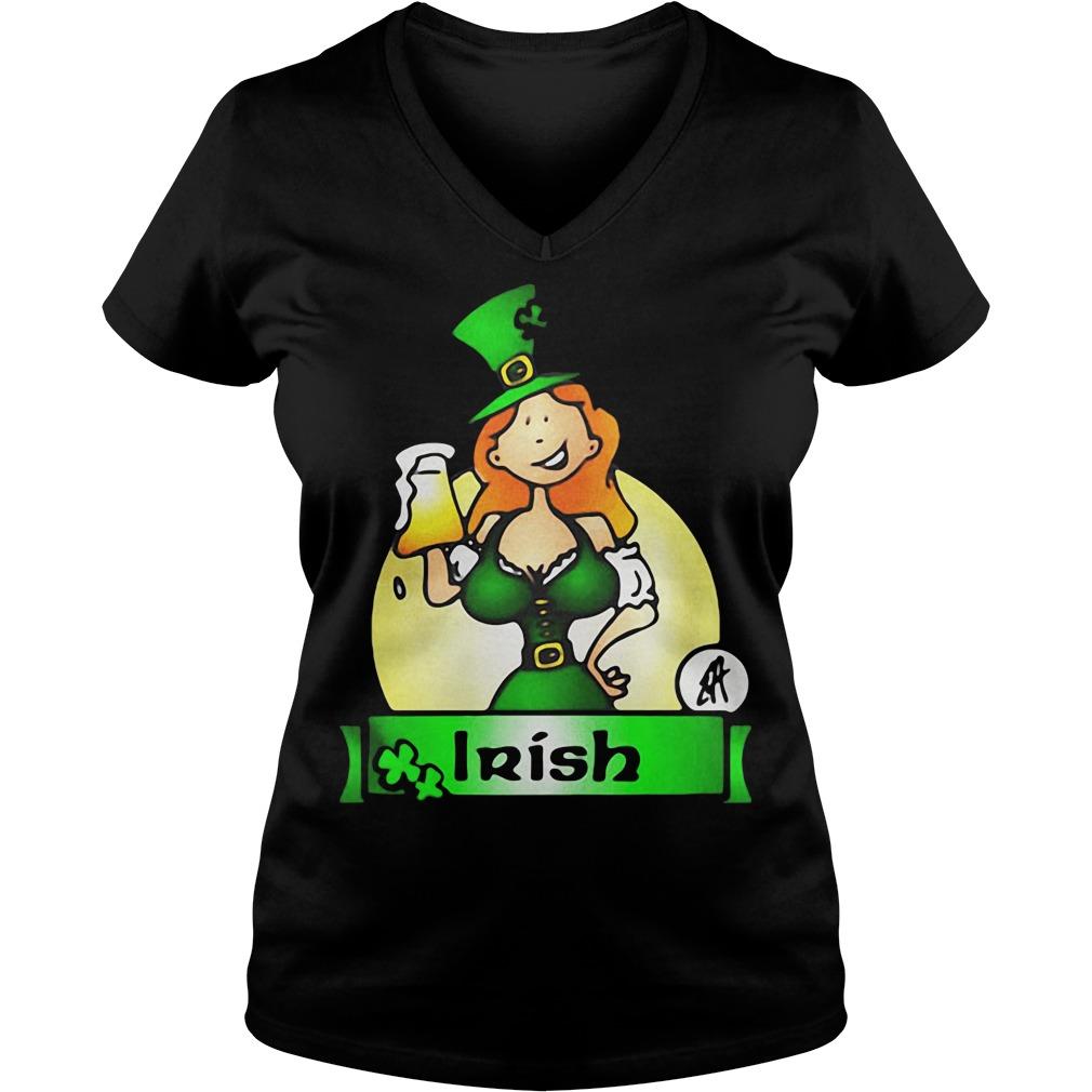 Irish lady drink beer V-neck T-shirt