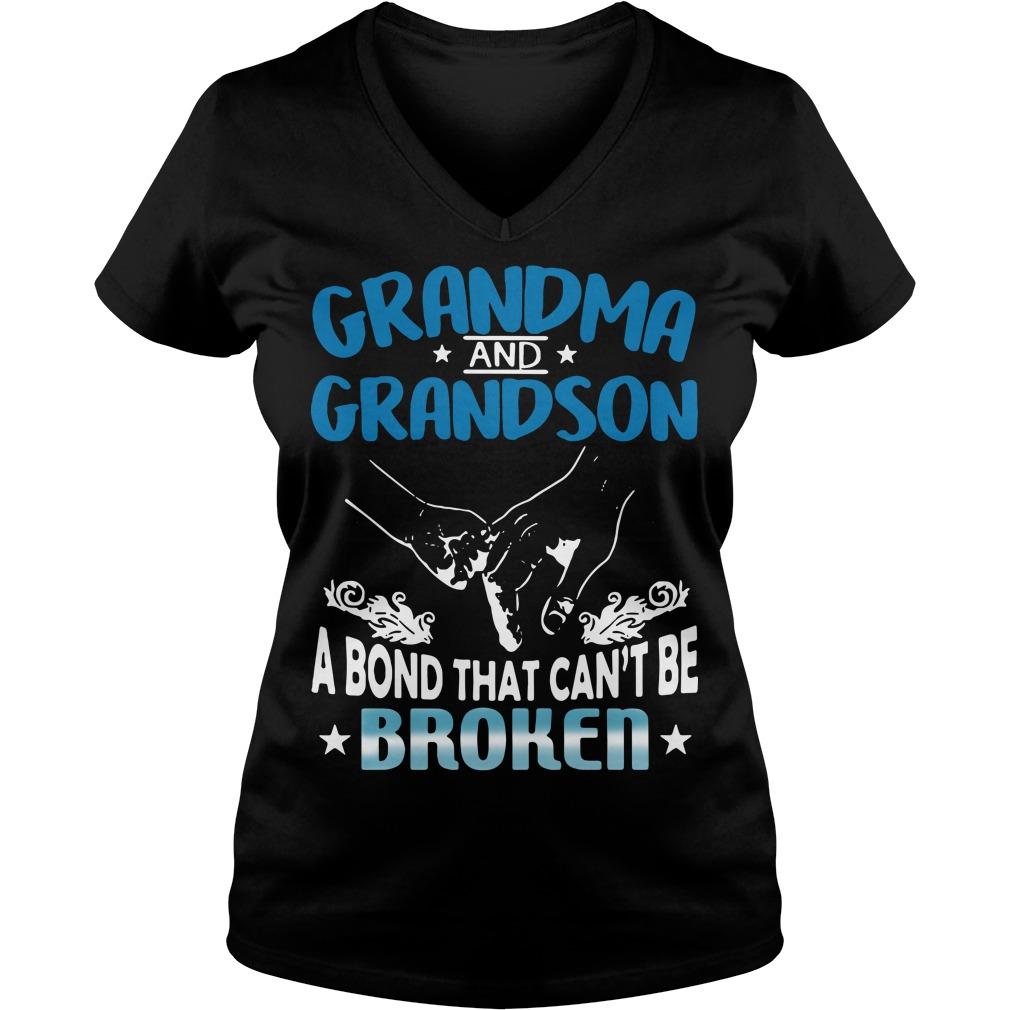Grandma and Grandson a bond that can't be broken V-neck T-shirt