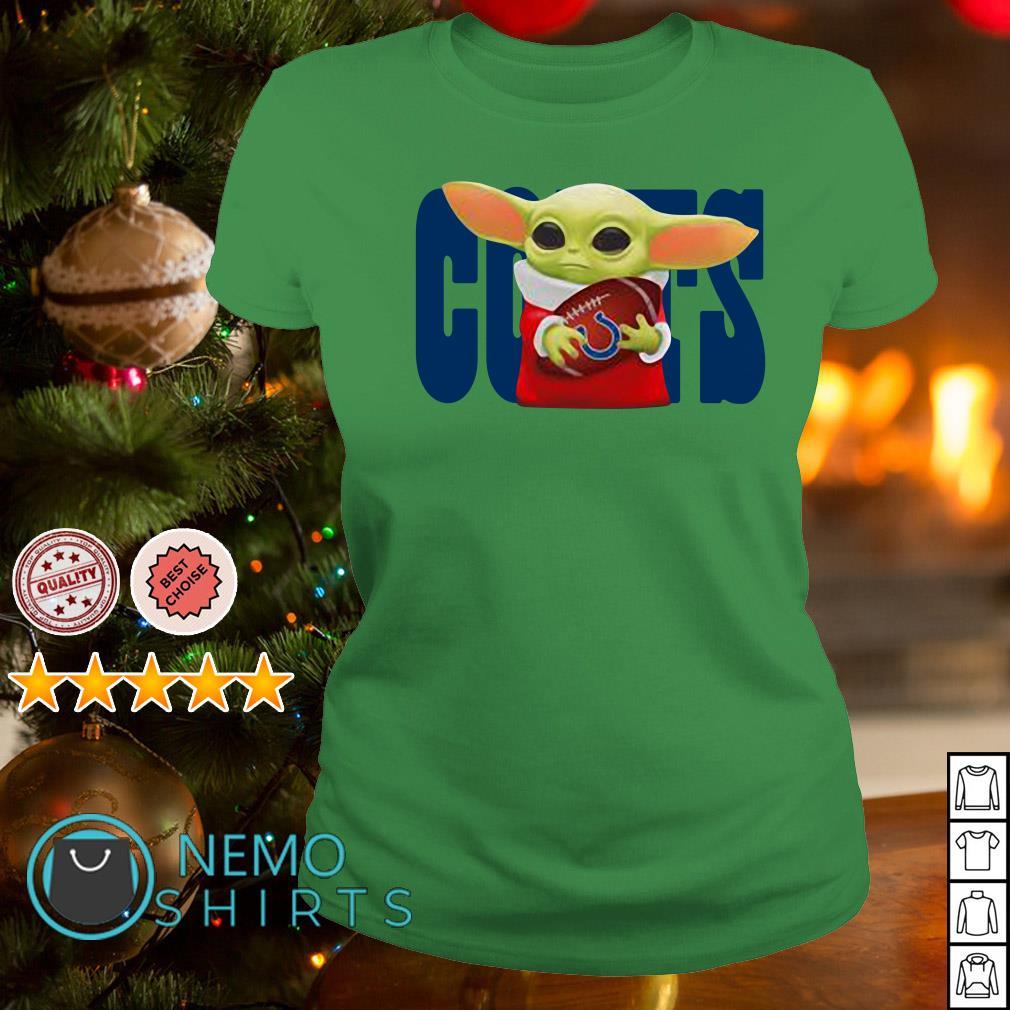 Baby Yoda Hug Indianapolis Colts Shirt Chuot Sun Rang